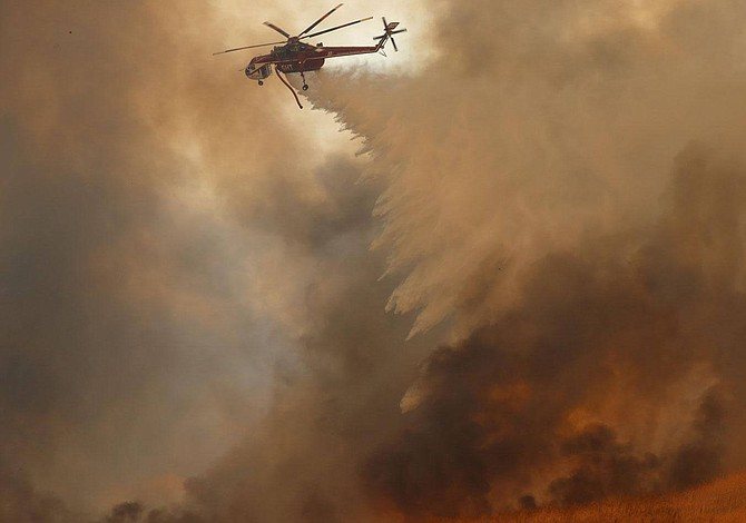 Incendios en California dejan 13 muertos