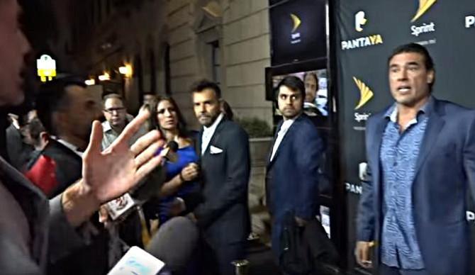 Eduardo Yáñez golpeó a reportero frente a todo el mundo