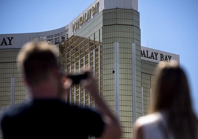 Superviviente de matanza de Las Vegas interpone primera demanda contra hotel