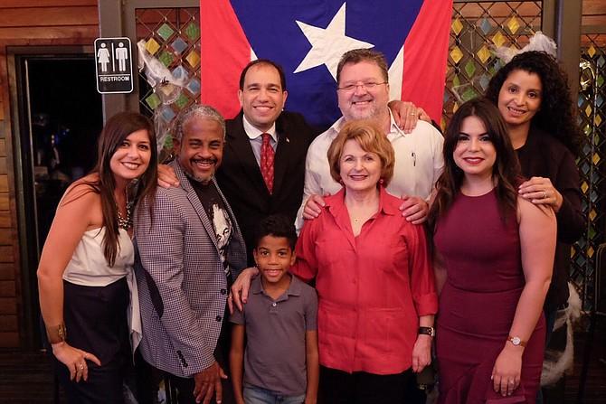 """UNIDOS. Líderes en la diáspora puertorriqueña llevaron a cabo el evento """"Lechón y Chinchorreo""""."""
