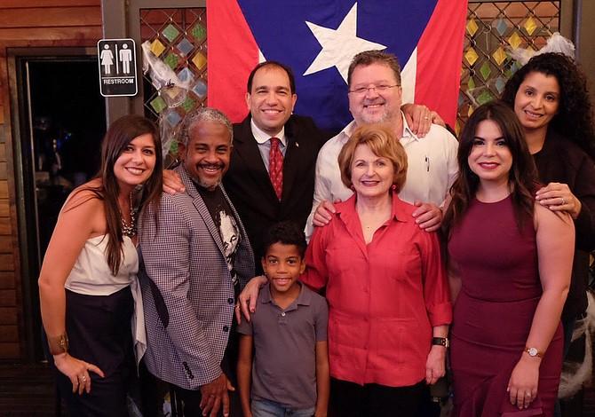 """""""Lechón y Chinchorreo"""" para ayudar a Puerto Rico"""
