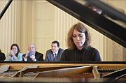 La reconocida pianista venezolana, Gabriela Montero, puso la nota emotiva al acto oficial