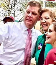 El Alcalde Walsh y la Senadora Warren en Jamaica Plain.