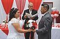 BODA. Rosa Mendoza y Byron Pérez unieron sus vidas el 8 de abril en la escuela Cora Kelly, en Alexandria, VA.