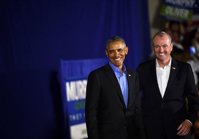Obama hace campaña por primera vez desde que dejó la Casa Blanca