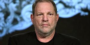 Llueven las denuncias y críticas hacía Harvey Weinstein