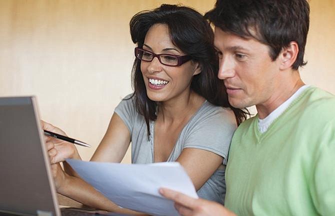 USCIS facilita a latinos el acceso a sus servicios