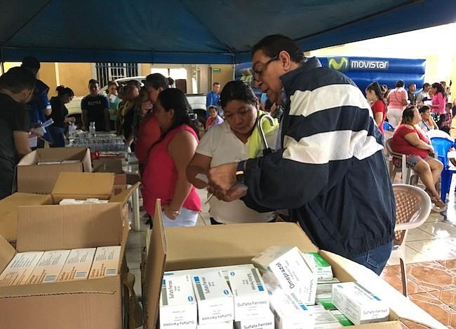 Unen esfuerzos para llevar salud a 1200 habitantes de Intipucá