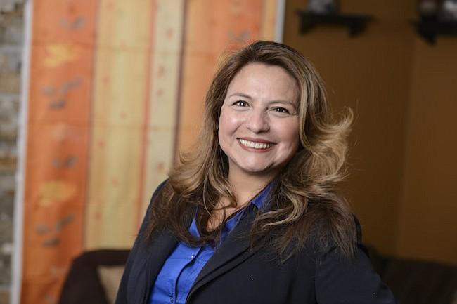 Elizabeth Guzmán: En mi distrito, los latinos hemos sido perseguidos y demonizados