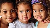 TERAPIAS. Los niños y adolescentes también sufren de: angustia, depresión, tristeza, ira, miedo, celos. Esto a su vez se puede ver  reflejado  en problemas de conducta que impiden el desenvolvimiento y desarrollo esperado de ellos.