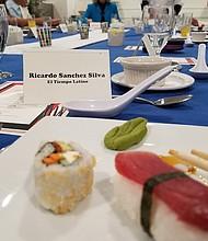 """El """"Community Culinary Event"""" contó con sushi, tempura de vegetales, pollo teriyaki, ramen y helado frito"""