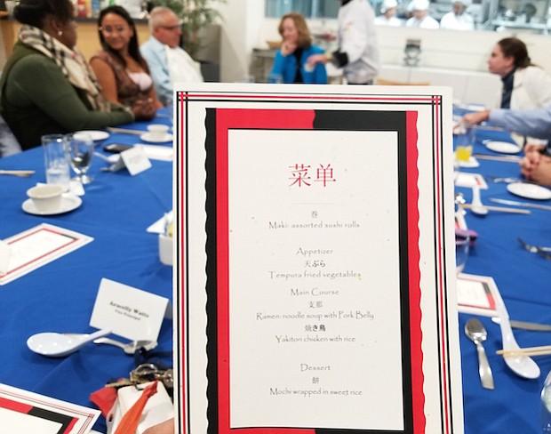 """""""Los muchachos lo hicieron excelente. Tenemos estudiantes muy apasionados con su educación y metas. Es una experiencia  única, gratificante y motivadora de ver esas personas que se sacrifican, tienen tanta responsabilidad y vienen a la escuela con entusiasmo a aprender algo nuevo"""", dice Sebastián Lamer, director de Arte Culinario."""