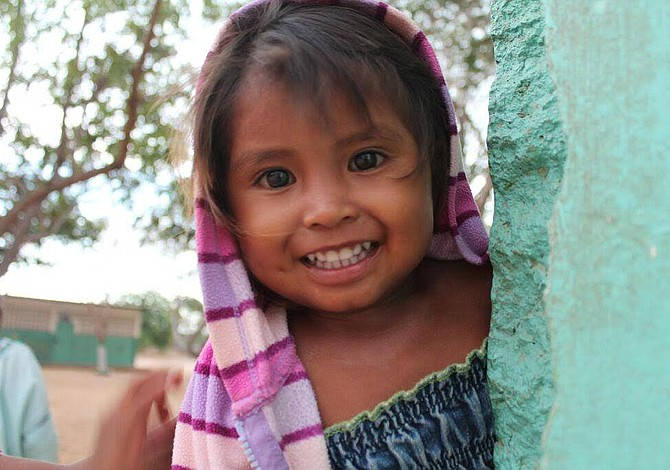 Cena tropical a beneficio de los niños necesitados en Venezuela