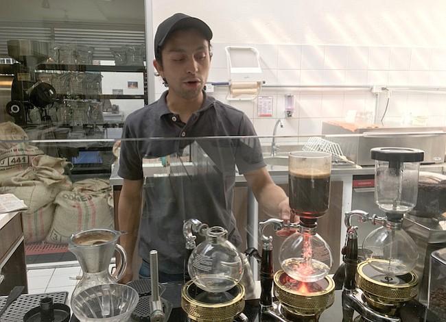 Los colombianos han producido café increíble por años y ahora finalmente lo están tomando