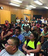 NCERTIDUMBRE. Días de incertidumbre vive la comunidad salvadoreña en DC y en todos los EE.UU. después de que el TPS se anulara para Nicaragua y la decisión de Honduras quedara aplazada.