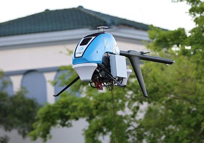AT&T lanza un dron con conexión a Internet en Puerto Rico
