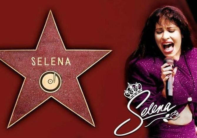 Selena recibe una estrella en el Hall de la Fama de Hollywood
