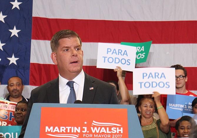 El alcalde Walsh resultó reelegido para un segundo término