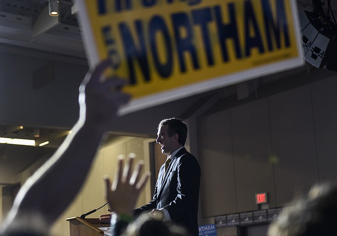 Análisis: Los demócratas obtuvieron un muy necesitado impulso con abrumador triunfo en Virginia