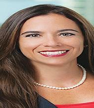 Pie 1: La mexicana Paola Avila Gorostiza fue nombrada como Presidenta de Border Trade Alliance , BTA, (Alianza de Comercio Fronterizo Binacional) una organización comunitaria, no lucrativa y que encauza temas claves que afectan al comercio, los viajes y la seguridad del Norte de América.