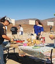 Residentes de Tijuana y San Diego comenzaron a promover la idea de que así como se han construido prototipos de muro fronterizo, también se considere un prototipo de parque binacional en la frontera.