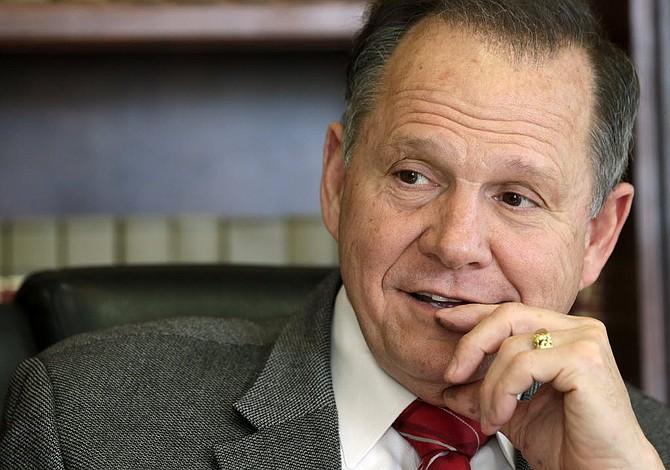 Candidato republicano al Senado acusado de abusar de niña de 14 años