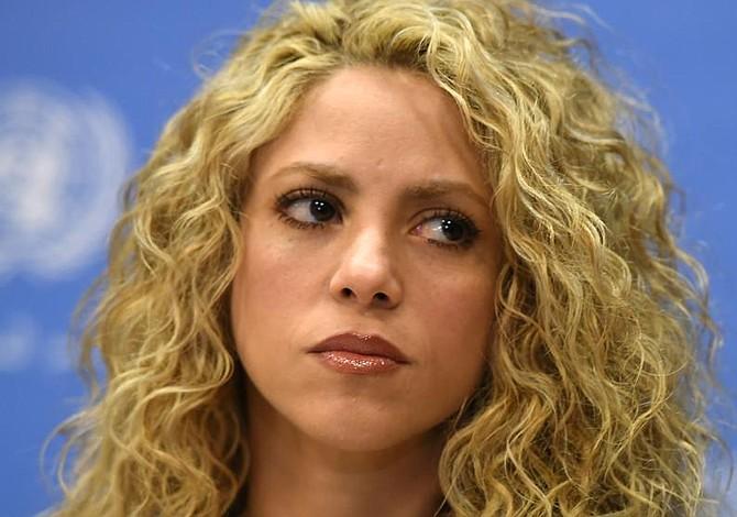 Shakira aplazó conciertos en París, Amberes y Amsterdam