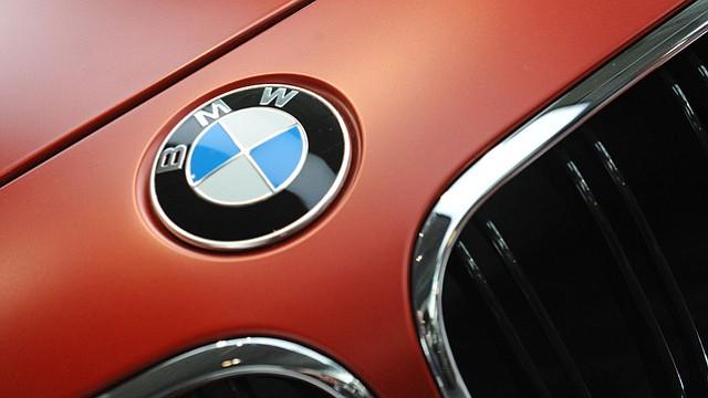BMW tendrá que pagar multa de 135 millones en Suiza por infringir competencia