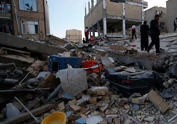 Al menos 164 muertos y más de 1.500 heridos en Irán a causa del terremoto