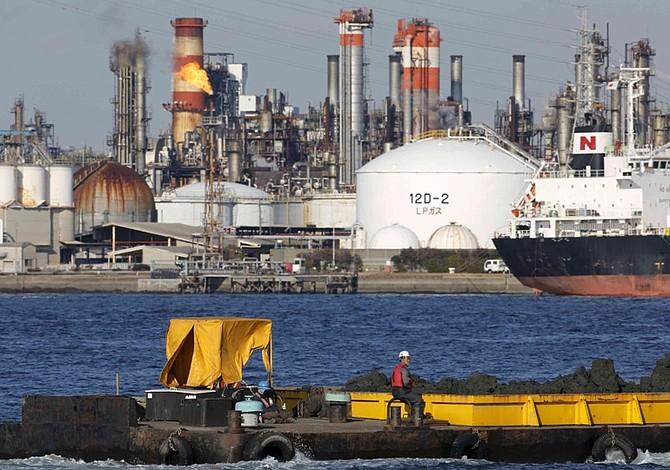 Producción petrolera venezolana cayó 130.000 barriles en un mes