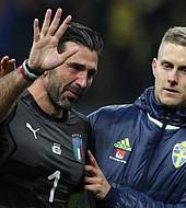 Buffon se va entre lágrimas de la selección italiana, tras la derrota en el camino a Rusia 2018