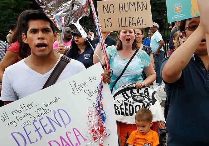 300.000 soñadores perderán su trabajo en primeros 9 meses sin DACA