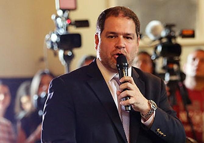 """Diálogo venezolano en suspenso en medio de la declaratoria de """"default"""""""