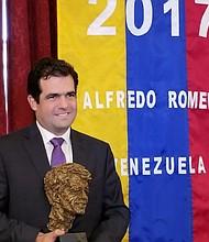Romero dedicó el premio al FPV, Gonzalo Himiob, su familia y a los venezolanos que creen la ONG