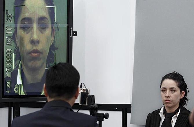 Reconocimiento facial para controlar la inmigración ilegal