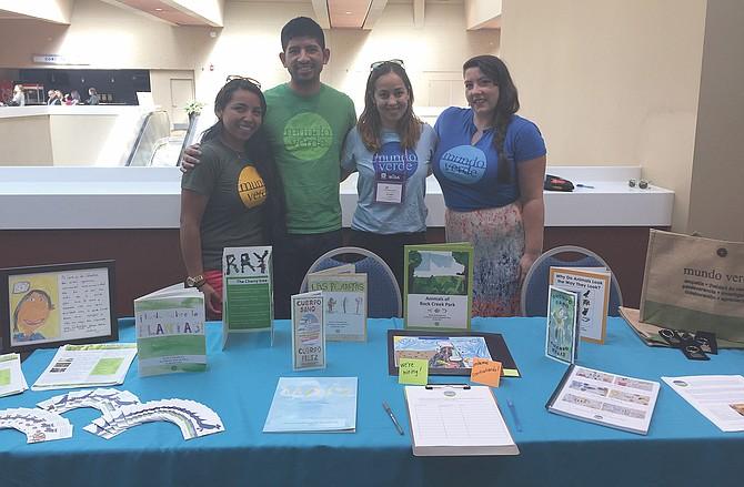 EVENTO. Representantes de la escuela Mundo Verde en La Cosecha.