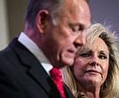 Kayla Moore defiende a su espos Roy, candidato republicano al Senado acusado de abuso sexual