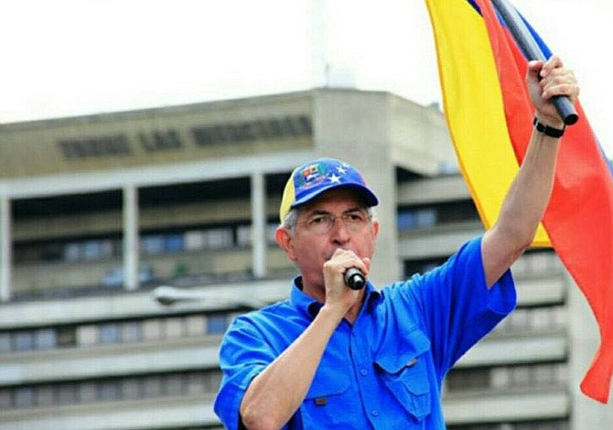 Opositor Ledezma escapó de Venezuela