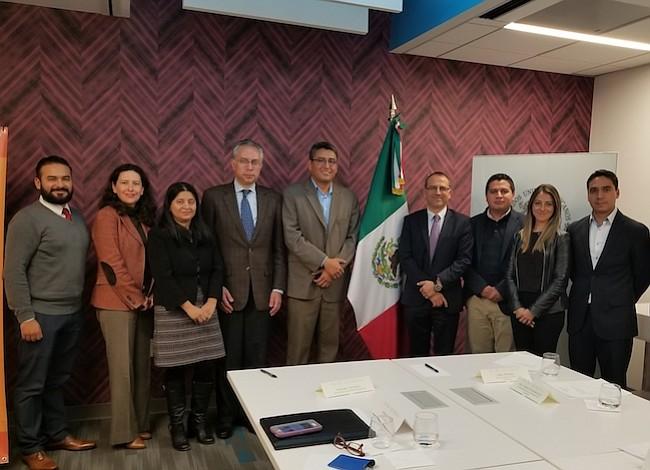 Consulado de México y CARECEN firmaron acuerdo para promover el ahorro