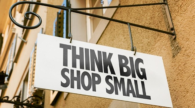 SMALL BUSINESS SATURDAY: Apoyemos nuestros negocios locales este sábado