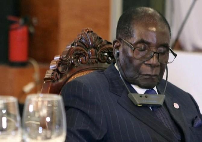 Mugabe, una vida ligada a la independencia de Zimbabue y aferrada al poder