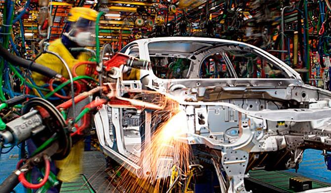 Argentina busca atraer inversión de fabricantes de partes y piezas para autos