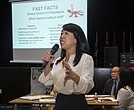 La concejal Helen Gym advirtió que lo que se viene puede  no cumplir la visión de todos sobre lo que puede ser una junta escolar completamente controlada localmente.