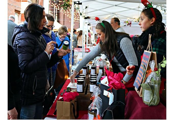 BOSTON: Siete mercados itinerantes para comprar regalos exclusivos este diciembre