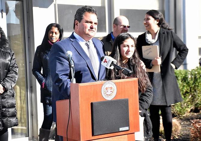 El Municipio de Everett y ACLU llaman a proteger a los inmigrantes