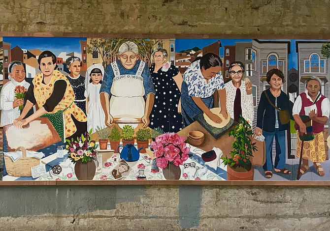 Mural rinde tributo a las abuelitas de East Boston
