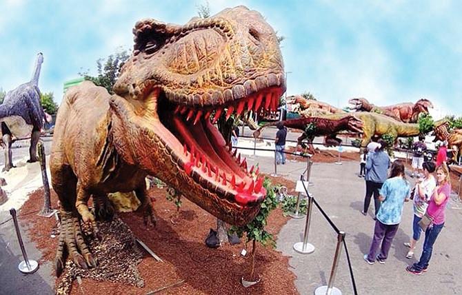 Dinosaurios en el centro de la ciudad