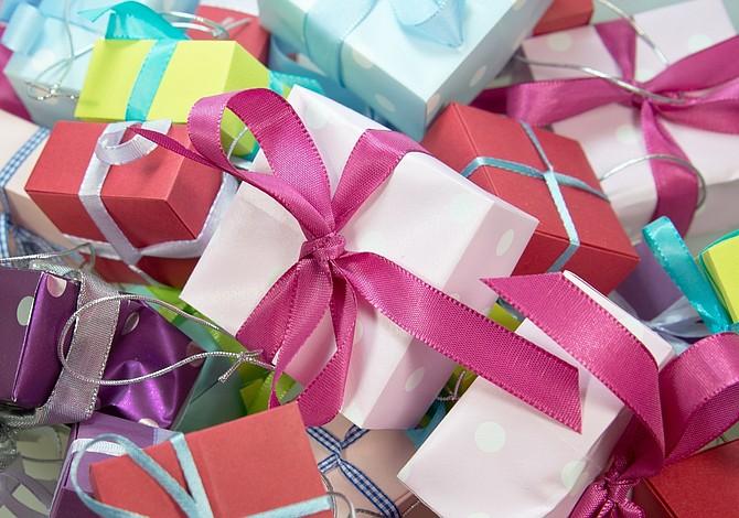 Las mujeres merecen ser consentidas: 10 opciones de regalos para ellas
