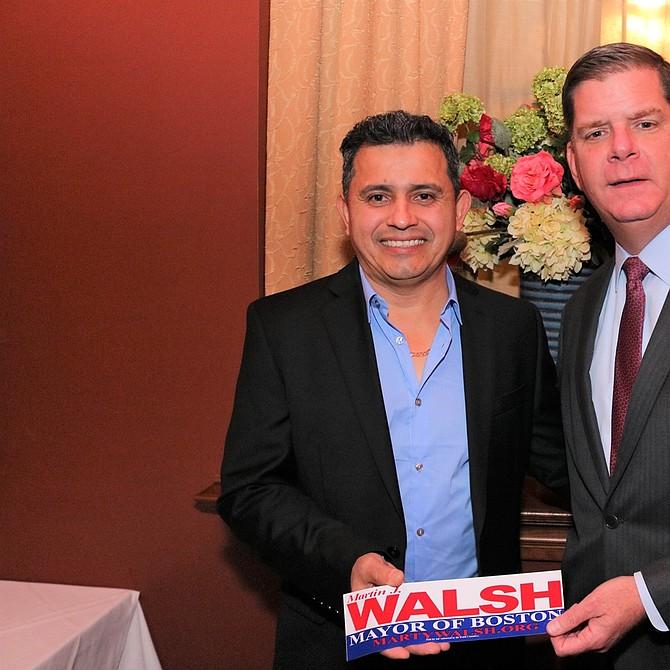 Saúl Ortez y el Alcalde Walsh
