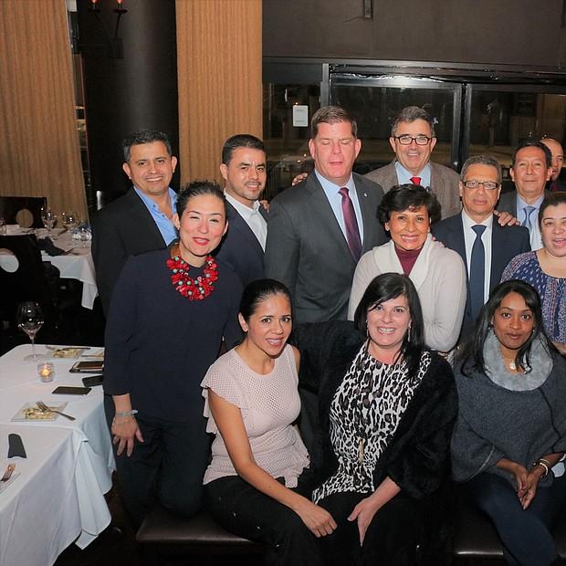 Verónica Robles, Willy López, Chef Peppino y amigos hacen honor al Alcalde Marty Walsh